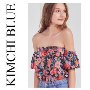 Kimchi Blue Pia Off-The-Shoulder Floral Blouse